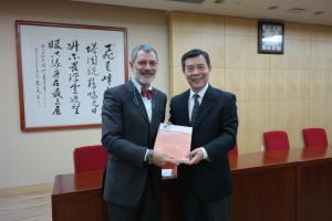 President Cucino and Commissioner Li Shishi